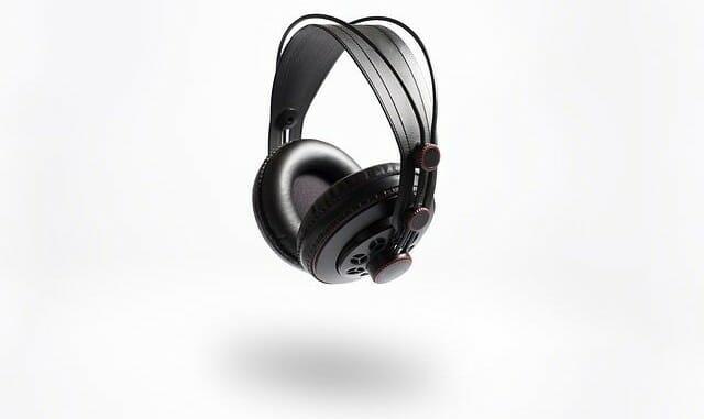 Geschlossene Kopfhörer