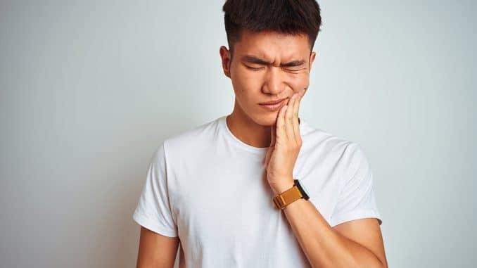 Effektive Hausmittel gegen Zahnschmerzen