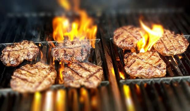 fleisch-grill-lebensmittel