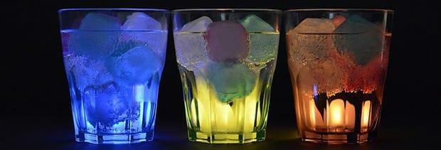 Eiswürfeln-Gläser