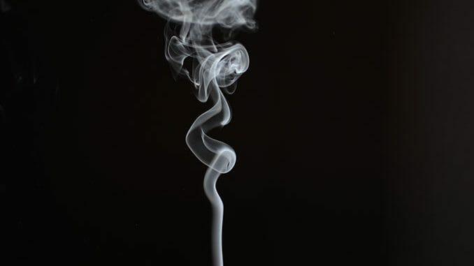 Zigarettengeruch entfernen