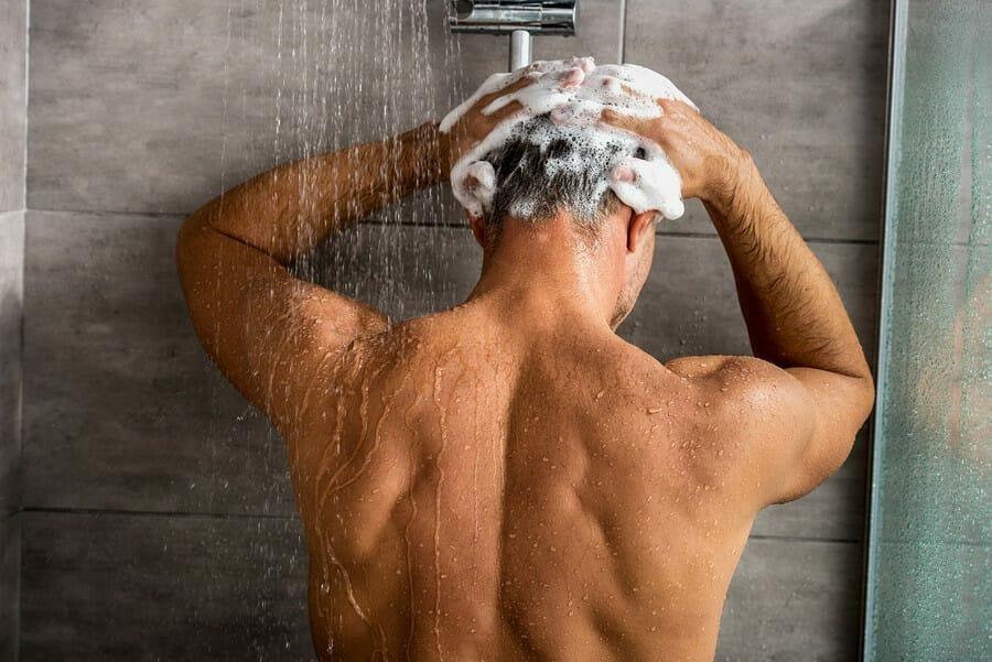 Shampoo gegen Haarausfall ist geeignet