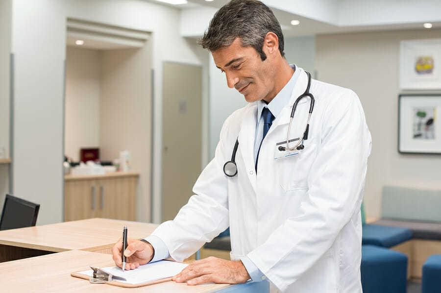 Haartransplantation Arzt