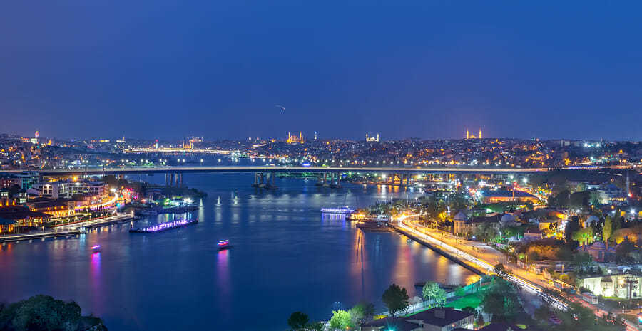 Eigenhaartransplantation in der Istanbul