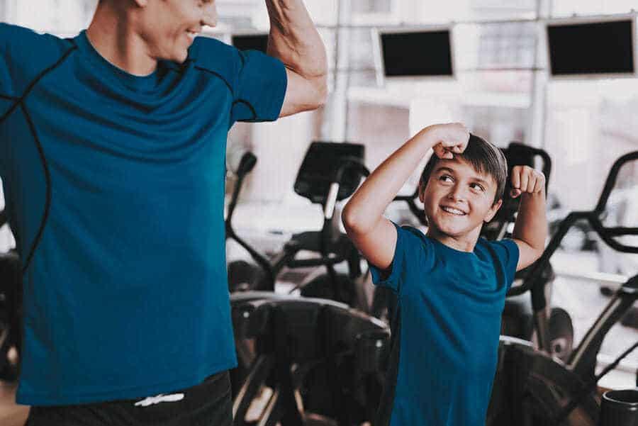 Vater und Sohn - Gemeinsam zum Sport gehen