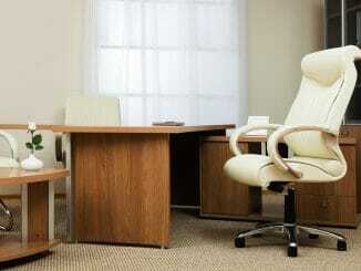 Bürostuhl mit Massenfunktion
