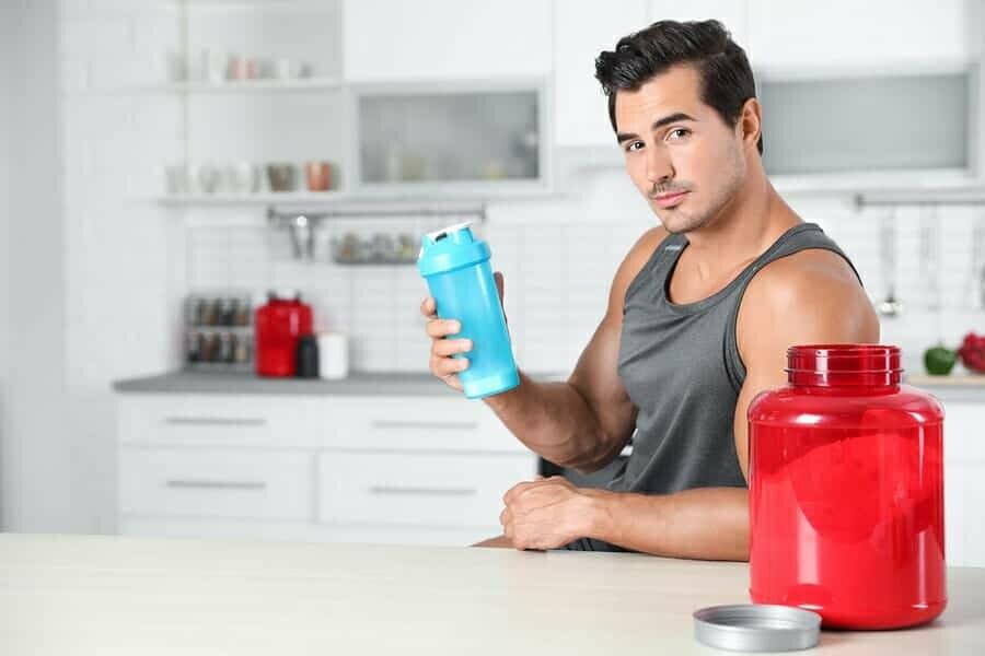 Köstliches Getränk als koffeinfreies Supplement
