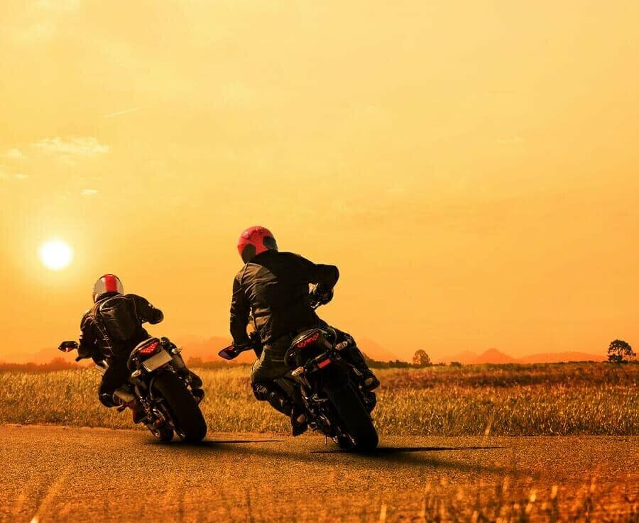 Motorrad Rucksack Hartschalemit dem Test