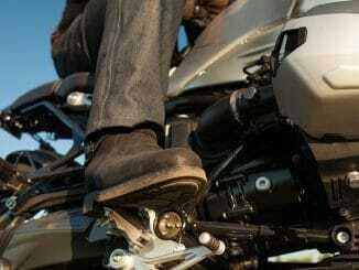 Motorradschuhe