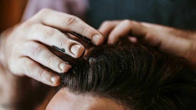 Haarausfall durch Haare färben