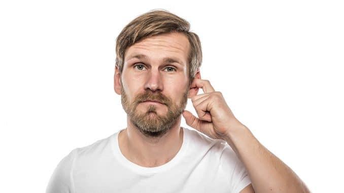 Ohrenschmalz entfernen