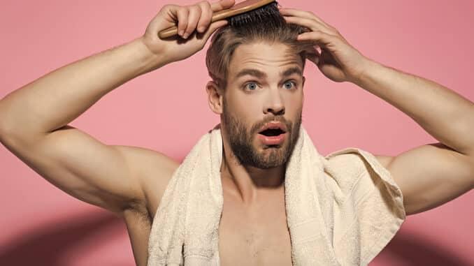 Haarbürste gegen Haarausfall